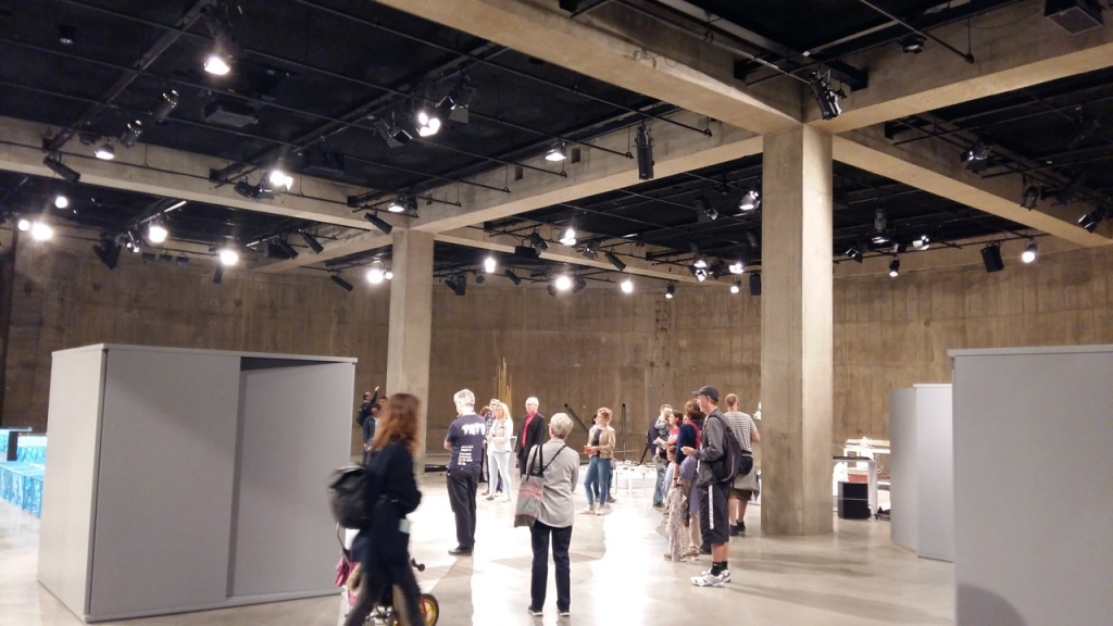 Tate Modern extension 'electrifies' art scene